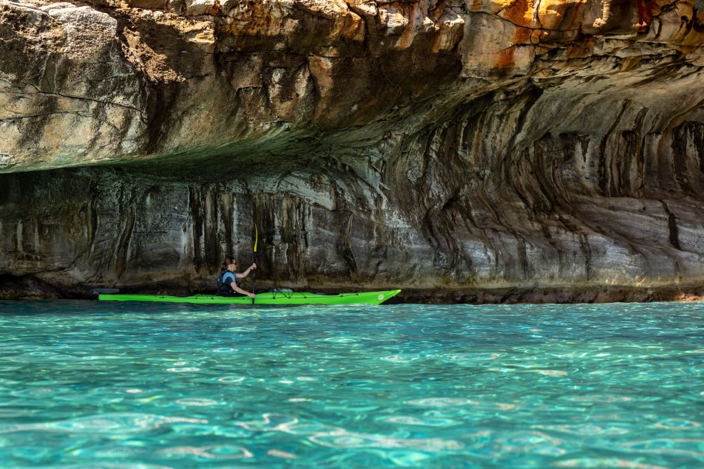 crete_sfakia_loutro_sea_kayaking
