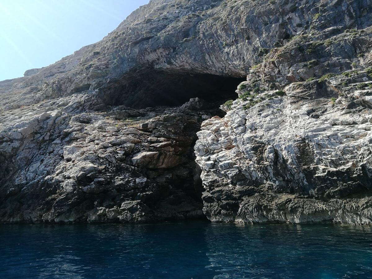 folegandros_caves