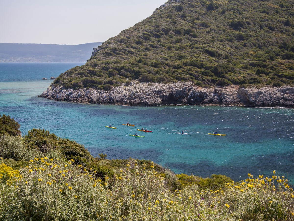 navarino-bay-sea-kayaking